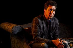 Joe Henry reveals cancer diagnosis at Largo concert: 'This is my journey'